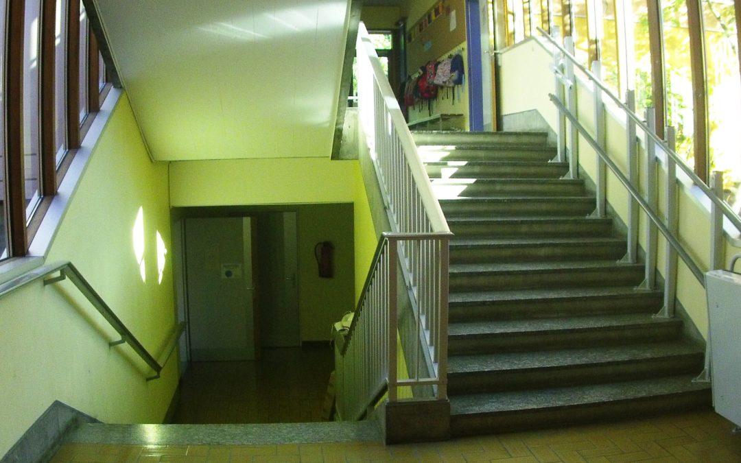 Inscriptions (maillot de bain/serviette de bain) : Vendredi 6 septembre de 16h30 à 19h. On vous attend dans les locaux du Club. Porte de l'entrée H puis descendre 2 escaliers.